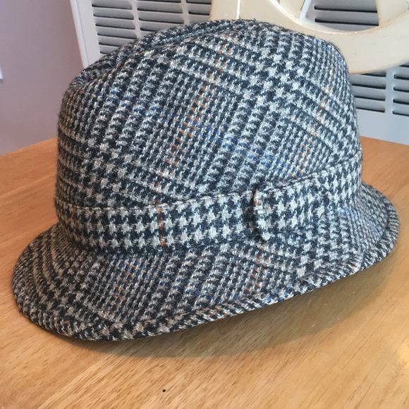 423e188d5a9 Burberry Other - 🎩 Men s Burberry Wool Hat!
